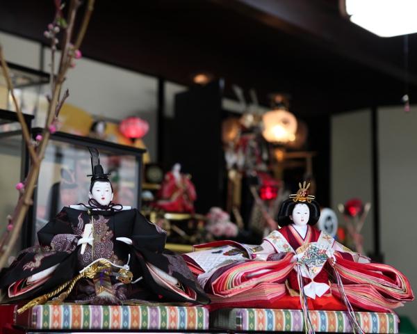 艶やか雛が告げる日本の春