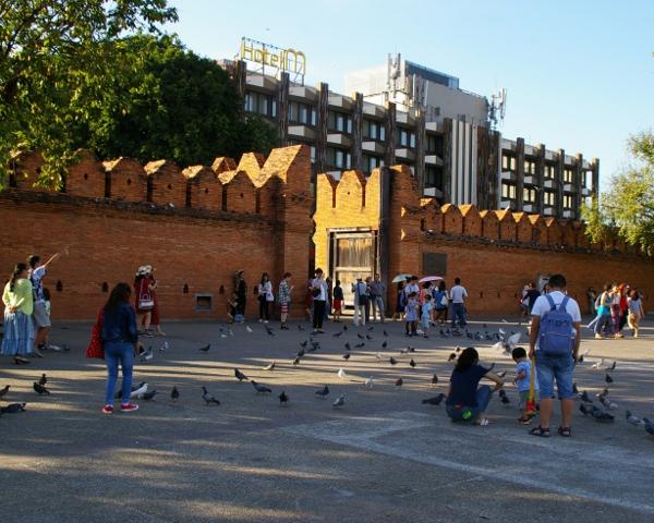 ターペー門広場