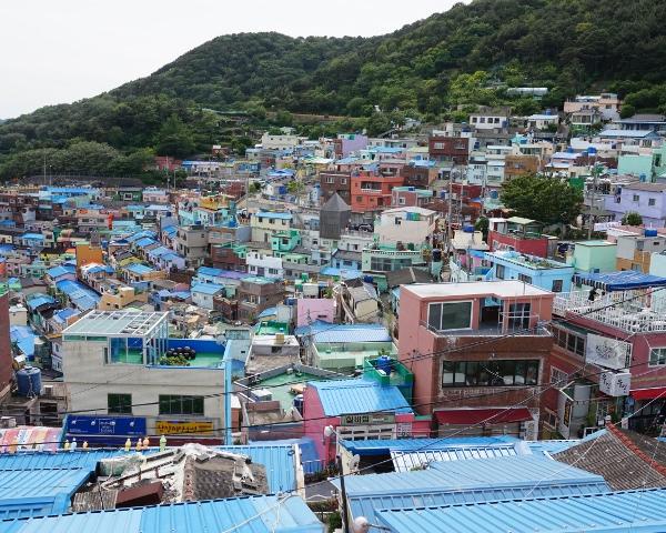 「韓国のマチュピチュ」こと甘 川文化村の姿はもはやアート