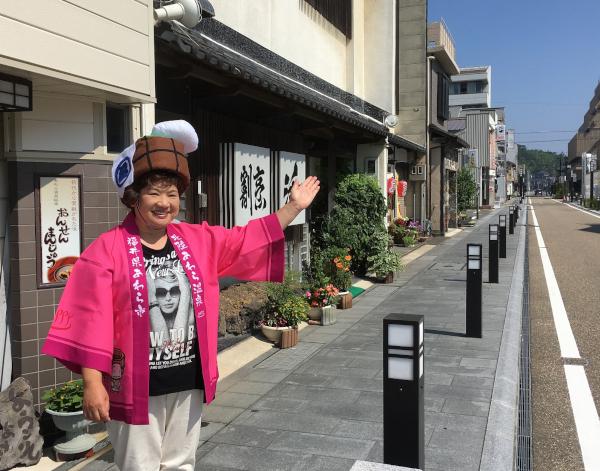 淳子姉さんと食べ歩きツアー