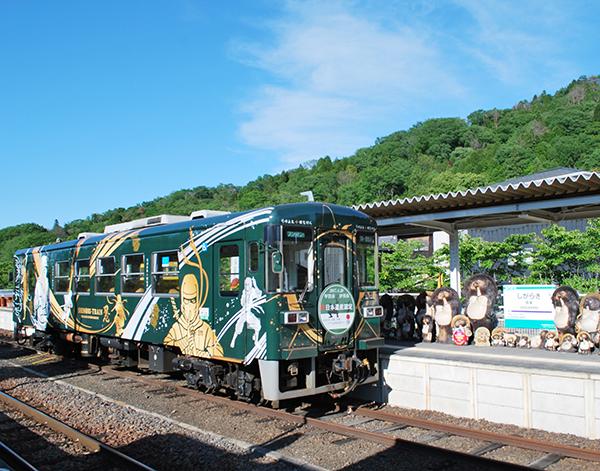 信楽高原鐵道のSHINOBITRAIN