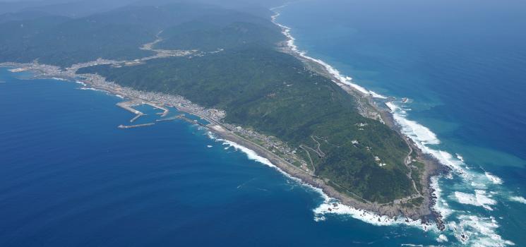 海、大地が出会い、人暮らす—高知室戸世界ジオパークへ
