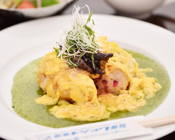 安来ドジョウのオムライ寿司